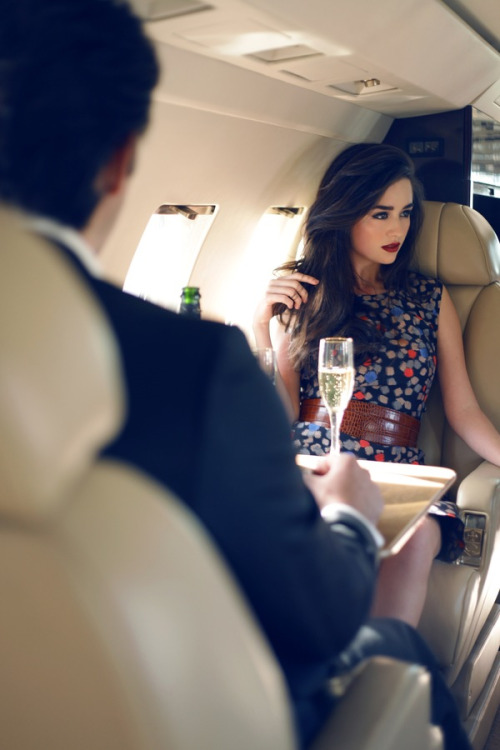 The Perks Of Booking Travel Escorts